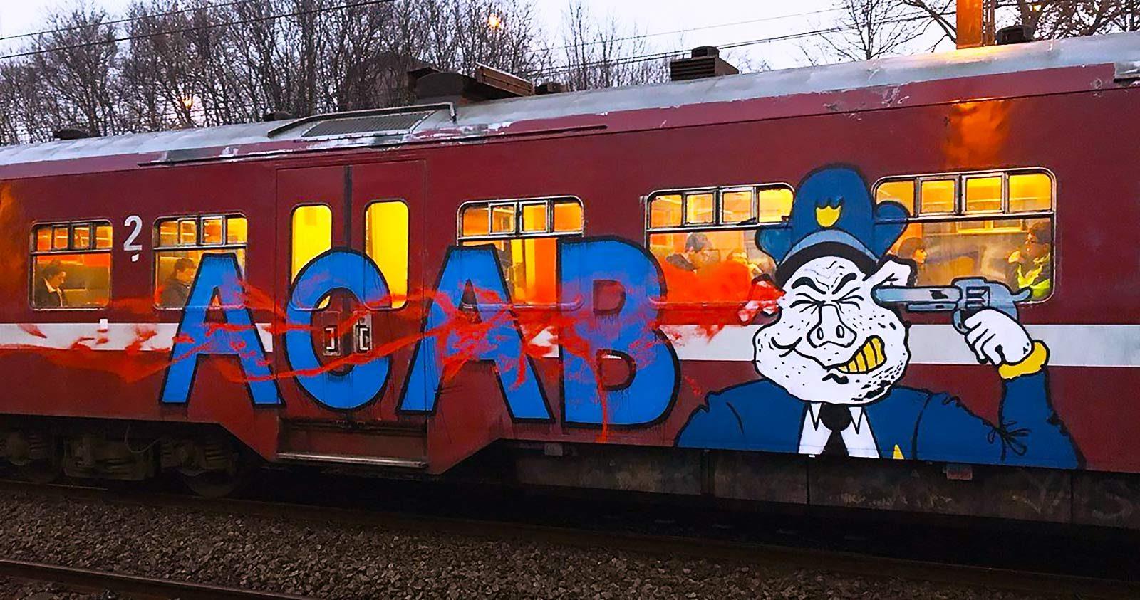 A.C.A.B. : Le B.A. BA
