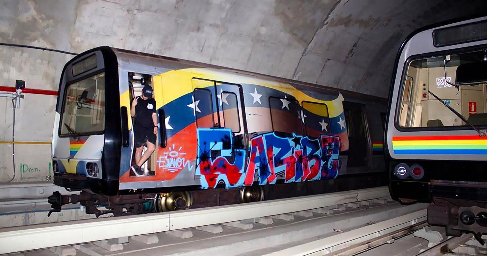 En transit avec les Caribes, les migrants du graffiti