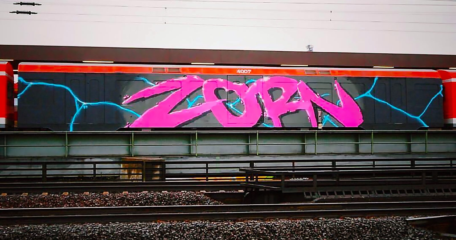 Depuis 1997, Zorn repeint Hambourg