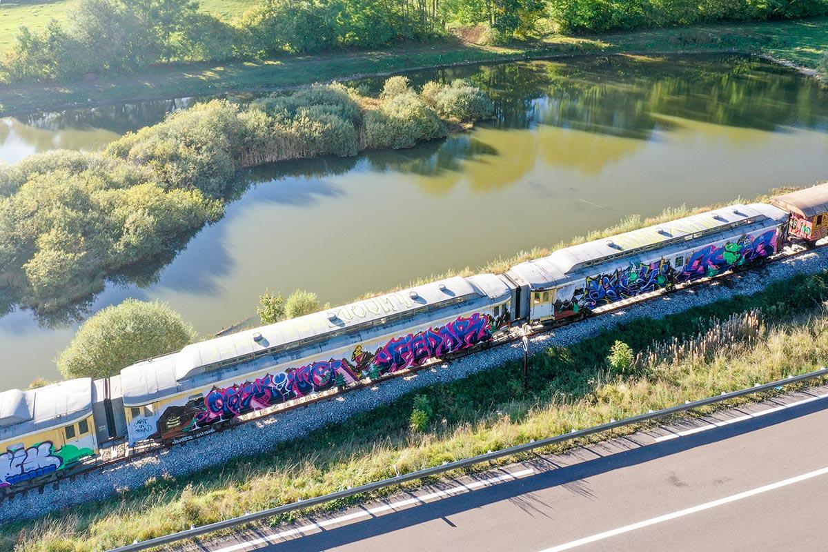 drips-Art-on-train-2019-final-traffic-14-1200.jpg